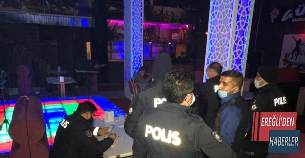 Kısıtlamada müzikli alkollü eğlenceye polis baskını