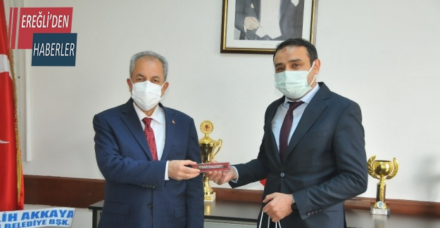Başkan Akkaya sağlık çalışanların Tıp Bayramı'nı kutladı