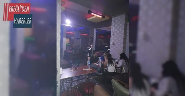 Konya'da iş yerinin mührünü bozup eğlenenler polise yakalandı