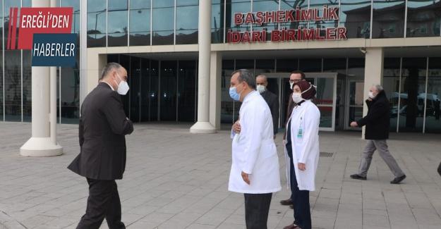 Vali Özkan, pandemi hastanelerinde incelemelerde bulundu
