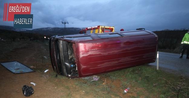 Kontrolden çıkan minibüs devrildi: 1 yaralı