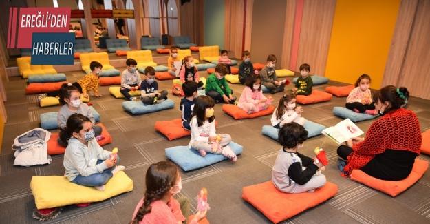 Konya'da çocuklar Sille masallarını bez bebeklerle öğreniyor
