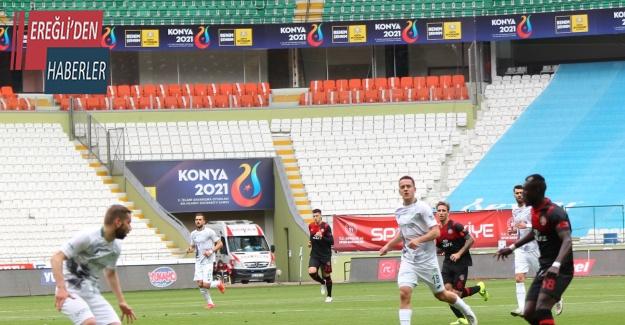 Süper Lig: Konyaspor: 1 - Fatih Karagümrük: 1 (İlk yarı)
