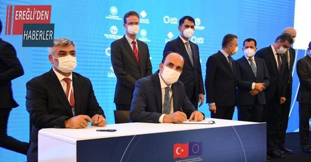 Konya Büyükşehir'e altyapı için 155 milyon lira desteği