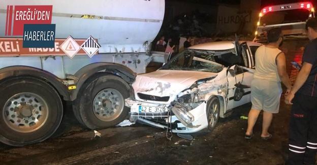 Konya'da 3 tıra çarpan otomobilin sürücüsü yaralandı