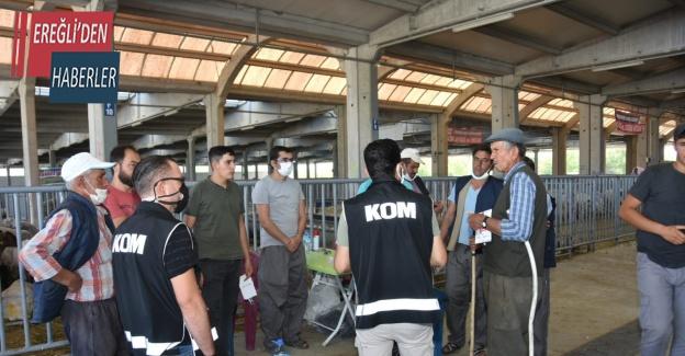 Konya'da polisten kurban pazarında sahte para uyarısı