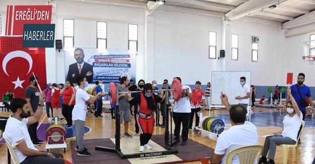 Konya'da Türkiye Görme Engelliler Halter Şampiyonası başladı