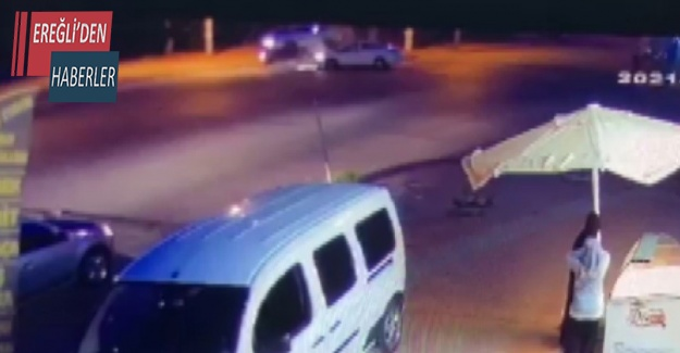 Otomobille çarpışan minibüs devrildi: 7 yaralı