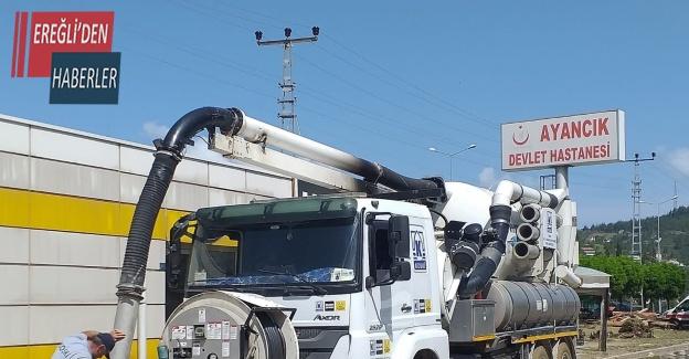 Konya Büyükşehir sel bölgesindeki çalışmalara destek oluyor