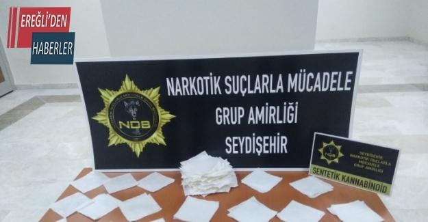 Konya'da 400 bin lira değerinde peçeteye emdirilmiş uyuşturucu ele geçirildi