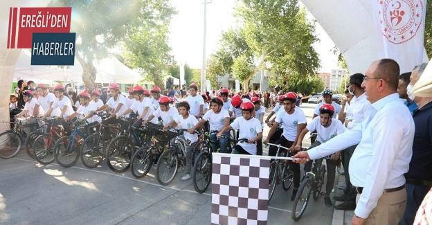 Meram'ın mahallelerinde bisiklet yarışı heyecanı yaşandı