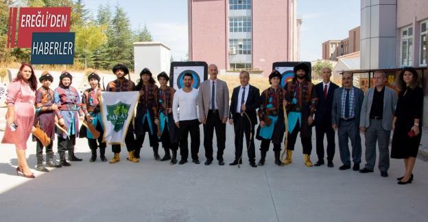 Selçuk Üniversitesi YDYO'da açılış festivali