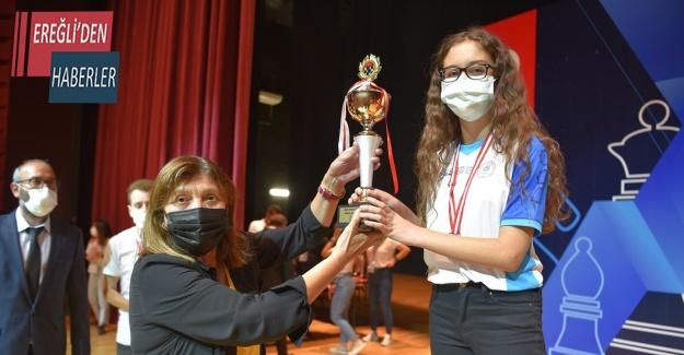 Türkiye Satranç Şampiyonasında Selçuklu Belediyespor'dan ikincilik