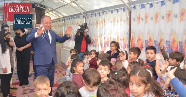 Başkan Oprukçu Belediye Kreşini Ziyaret Etti
