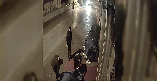Bekçilerin takdir toplayan davranışı güvenlik kamerasına yansıdı