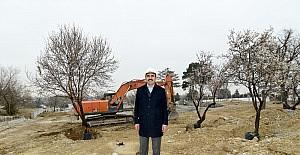 Başkan Altay Meram Çamlıbel çevre düzenlemesini inceledi