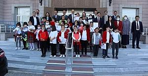 Minik Öğrencilerden Ereğli Adalet Sarayına Ziyaret
